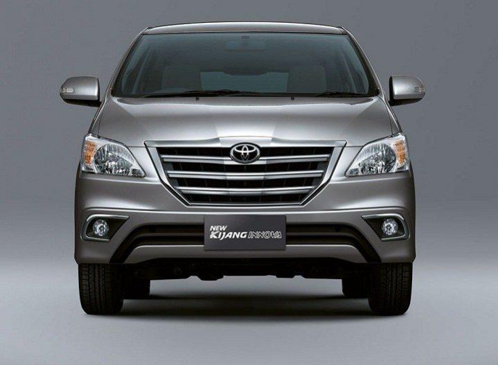 Apa Saja Perbedaan Toyota New Kijang Innova Tipe J, E, G, dan V?
