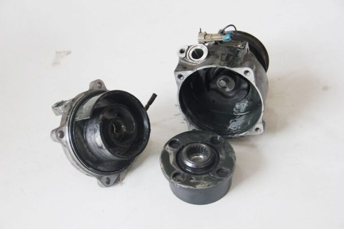 Bagaimana Cara Tahu Penyebab Kompresor AC Mobil Rusak1 (2)