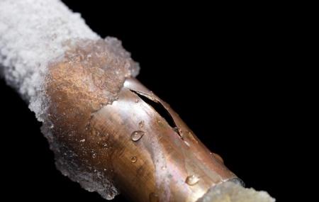 Penyebab Pipa AC Membeku Pengaruh Thermostat Pada Pembekuan Pipa AC Mobil Salju berhubungan erat dengan kondisi iklim atau cuaca di suatu negara. Tapi, salju kali ini bisa Anda temukan pada ac mobil. Kok bisa? Salju yang terdapat pada ac mobil biasanya disebabkan karena kotoran yang menumpuk pada bagian pipa ac. Akibatnya kinerja dari pipa yang […]