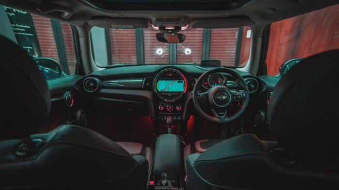 Beli Mobil Baru Nggak Cukup Uang? Kredit Aja