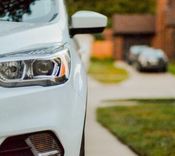 Mau Beli Mobil Baru Tunggu Dulu! Ini 17 Tips Membeli Mobil Baru Untuk Kamu oleh sarah-brown karya sarah-brown